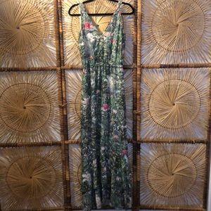 Beautiful floral green dress by H&M